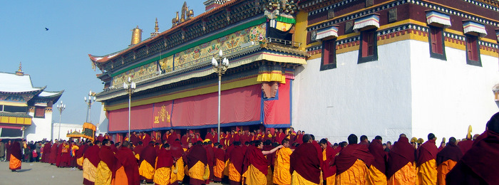 Monks at a festival at Ser Monastery
