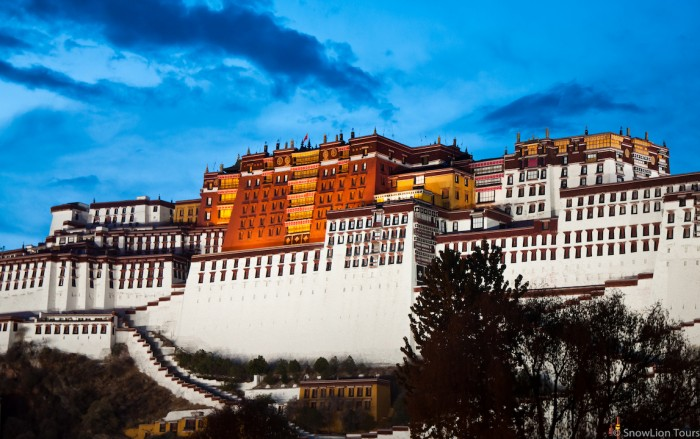 Potala Palace during the sunset
