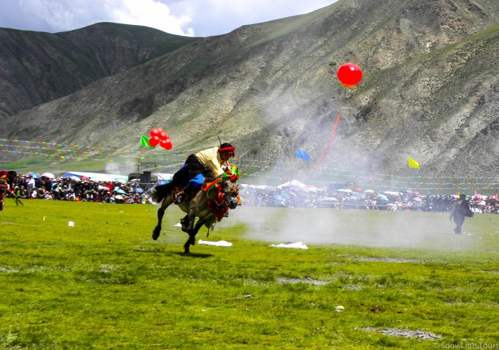 Yushu Horse Festival - Khampa rider
