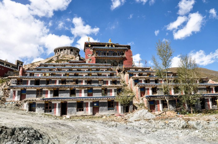 Yushu Jigu Monastery