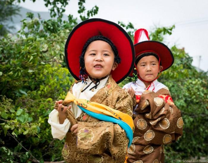Rebkong Shaman festival 2 kids