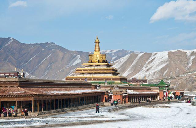 Labrang Golden Stupa