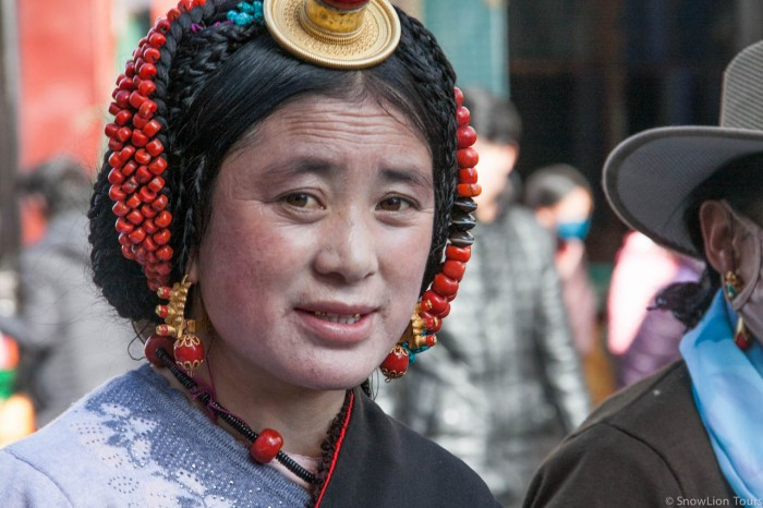 A lady from Kham in Barkhor, Lhasa