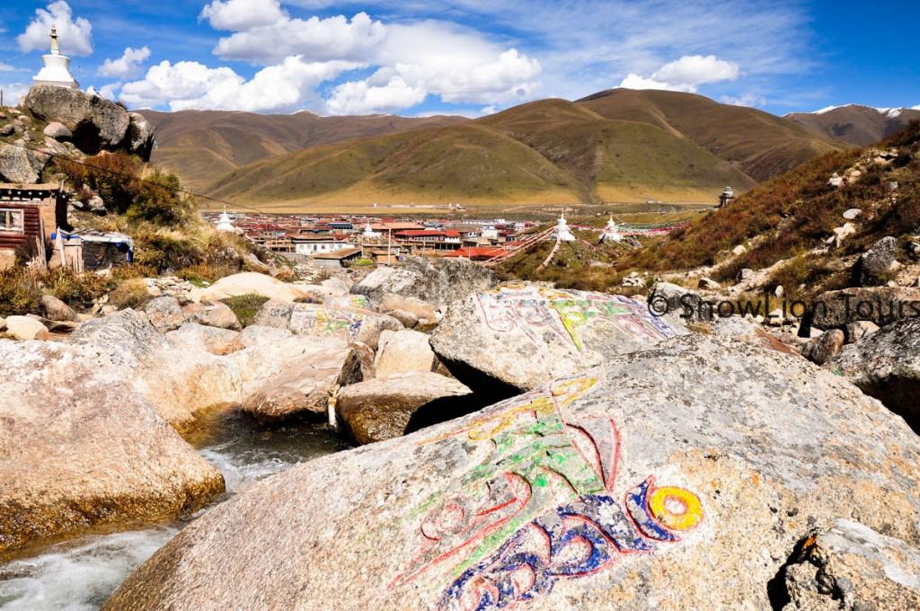 On the way to Dzochen Monastery  in Kham Tibet