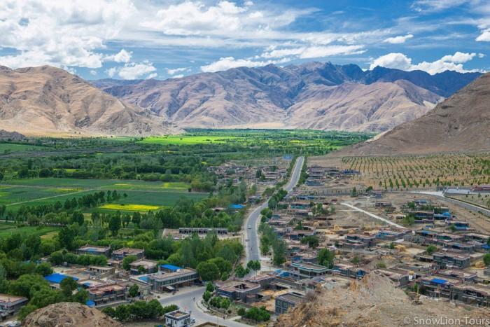 Tsethang valley