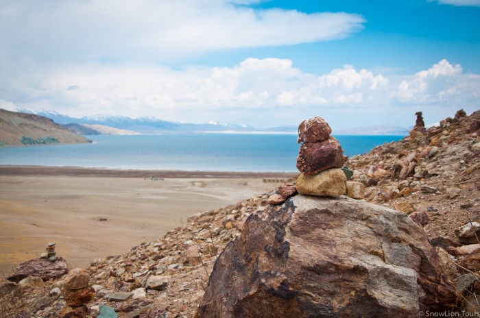 Lake Manasarovar or Mapam Yumtso Lake in Ngari