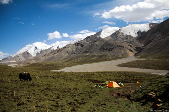 Camp site of Amnye machen Kora