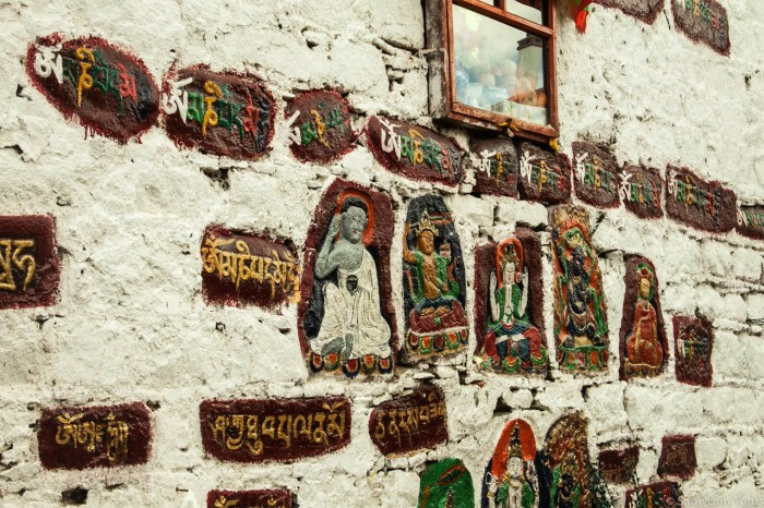 Arts on the wall of Jokhang Temple