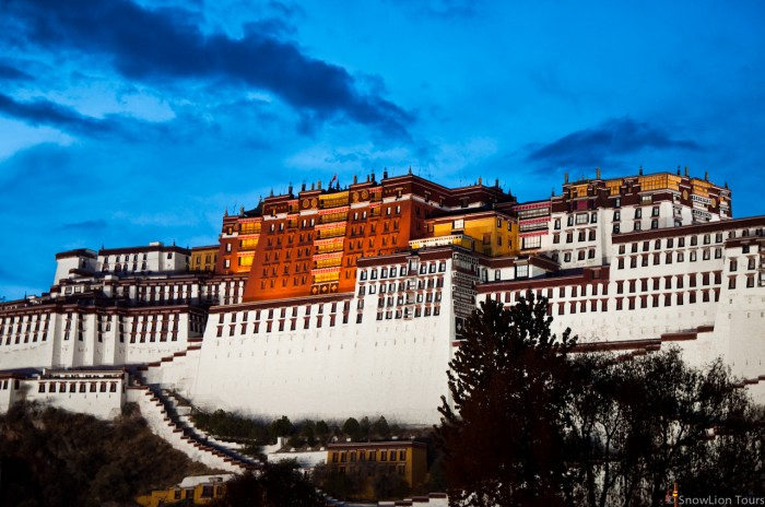 evening view of Potala Palace