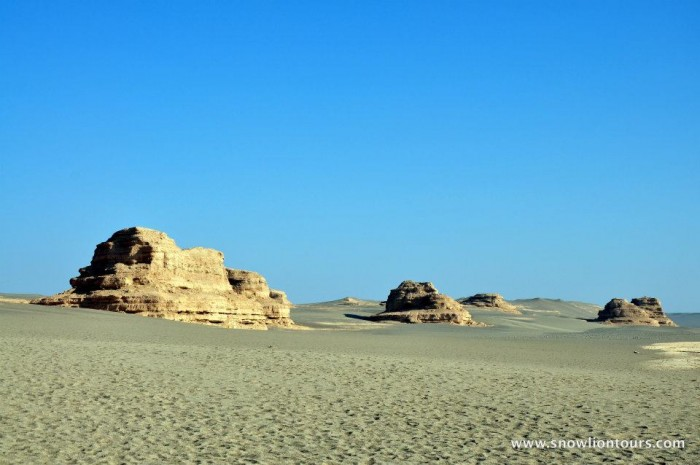 dunhuang ghost town tour
