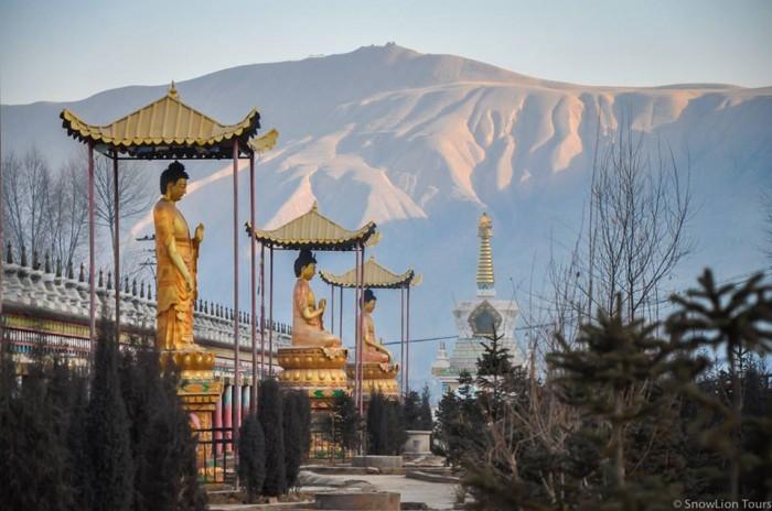 Sanggeshung Monastery in Rebkong