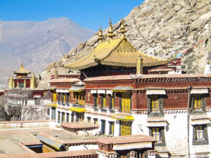 Sera Monastery main Temple