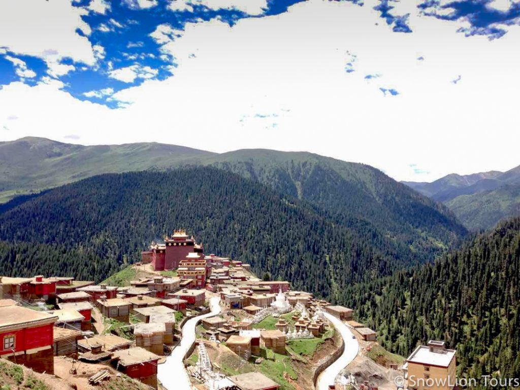 authentic sichuan tibet tour